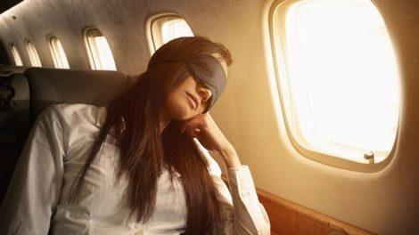 ngủ trên máy bay